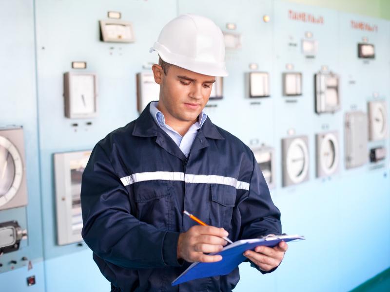 Télémaintenance et GMAO : comment améliorer le suivi et la durabilité de vos équipements?