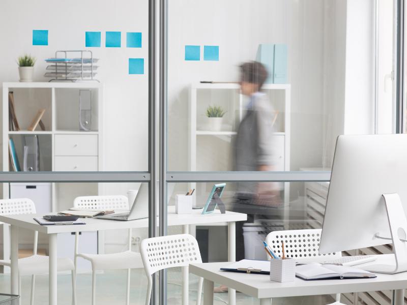 Les nouveaux modes de gestion des espaces : bureaux et coworking